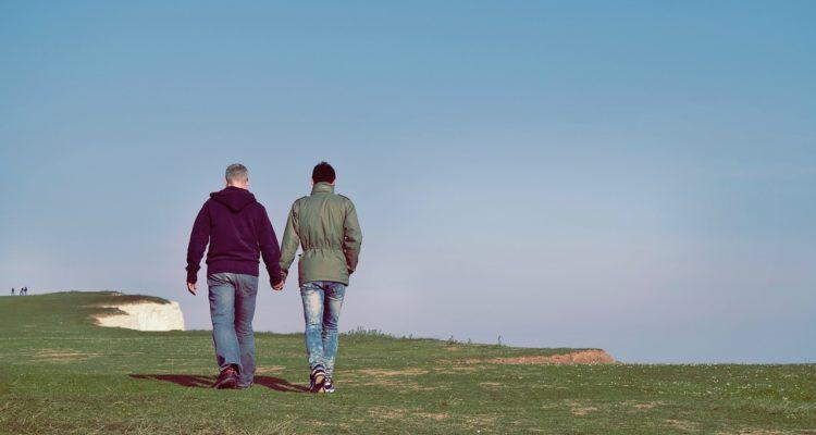 rencontre bi gay resort and spa a Saint Chamond