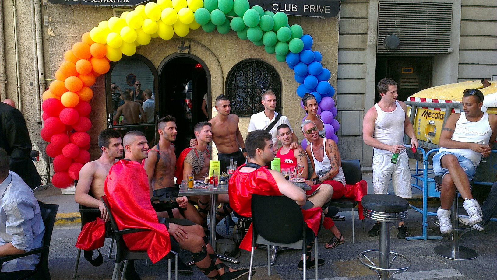 rencontre marseille gay clubs à Aubervilliers
